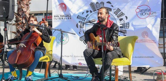 Gaziosmanpaşa'da Sanat Sokağa Taşındı