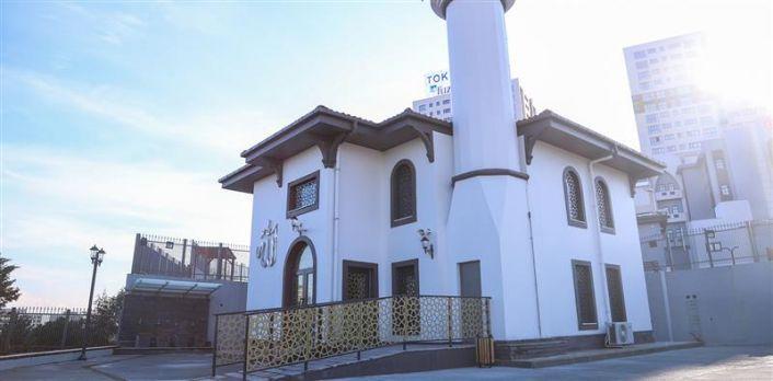 Karayolları Kentsel Dönüşüm Projesi'nde İnşa Edilen Cami İbadete Açılıyor