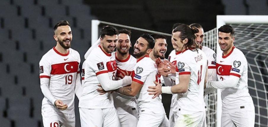 TFF'den Letonya maçı öncesi seyirci kararı