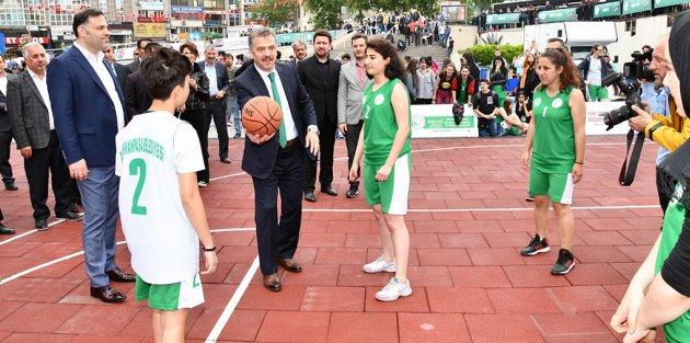 3. Gaziosmanpaşa Bilim, Sanat, Spor ve Gençlik Festivali Başladı