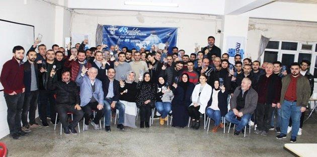 49. Yılını Kutlayan Malkan Ütü'den Kıdemli Çalışanlarına Plaket