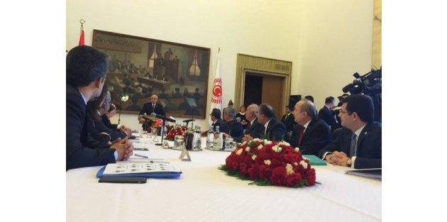 4 parti aynı masada... Yeni anayasa için ilk adım!
