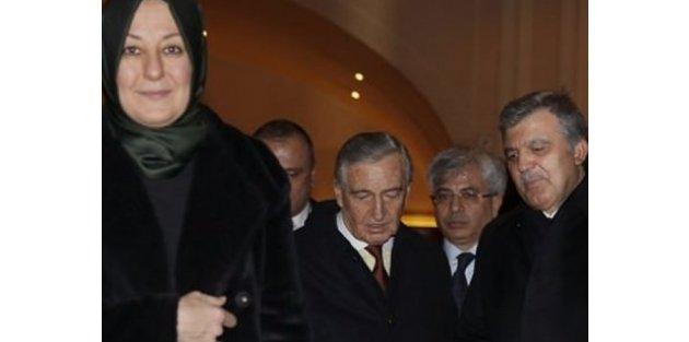 Abdullah Gül ve eşinden Koç ailesine taziye ziyareti