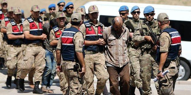 Afrin'de 2 askerin şehit edilmesi olayına karışan teröristler adliyede