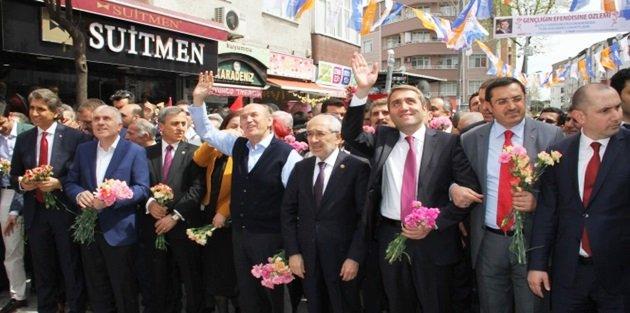Ak Parti İstanbul İl Başkanlığından Gövde Gösterisi