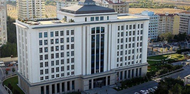 AK Parti'de 11 il başkanlığına atama