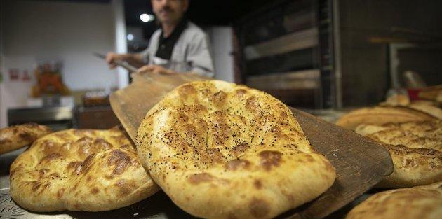 Ankara'da ramazan pidesi 2,5 liradan İstanbul'da 3 liradan satılacak
