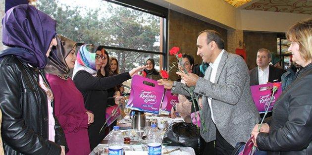 Arnavutköy Belediyesi Kadın Çalışanları Unutmadı
