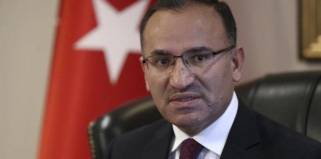 Başbakan Yardımcısı Bozdağ: Zarrab davası siyasi bir kumpastır