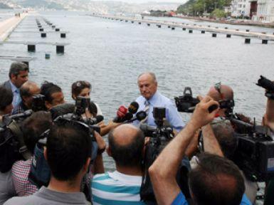 """Başkan Topbaş: 'Şehir suyu damacana sulardan daha sağlıklı"""""""