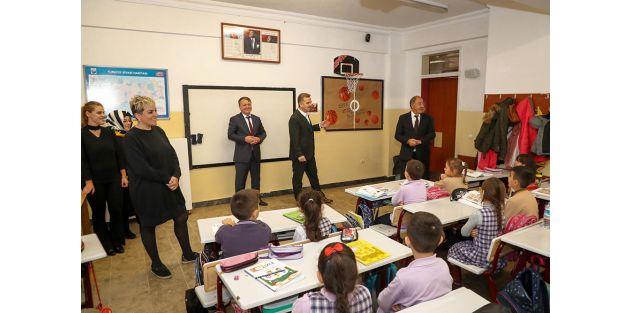 Başkan Usta: 'İlçemizdeki Tüm Okulların Bahçesinde Bir Basketbol Potası Olacak'