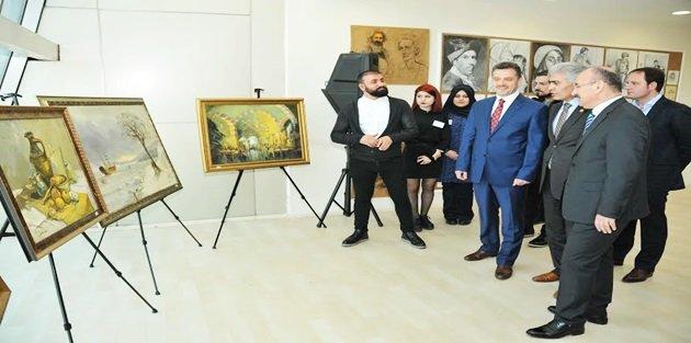 Başkan Usta resim sergisi açtı, 'Sanatı ve sanatçıyı destekliyoruz