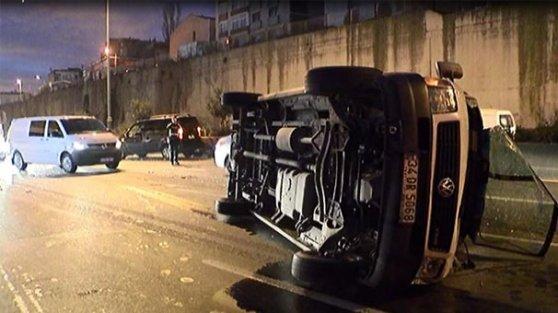 Bayrampaşa'da İstanbul trafiğini kilitleyen kaza!