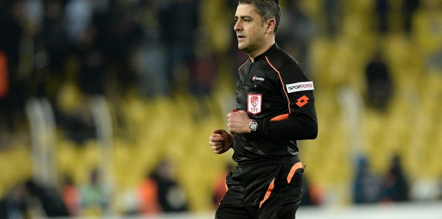 Beşiktaş-Fenerbahçe derbisinin hakemi açıklandı