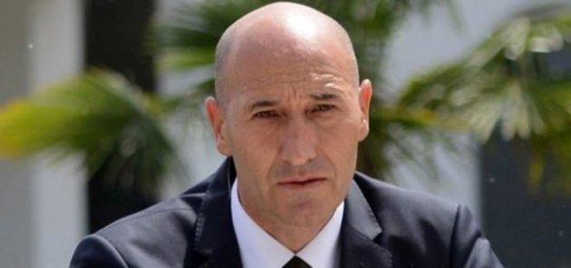 Bursaspor'un yeni hocası Adnan Örnek oldu.