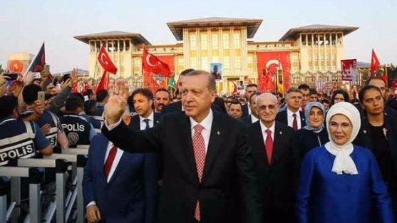 Cumhurbaşkanı Erdoğan:15 Temmuz'un kahramanı milyonlar