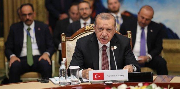 Cumhurbaşkanı Erdoğan: Kendi para birimlerimizle ticareti öneriyoruz