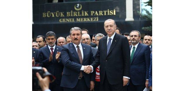 Cumhurbaşkanı Erdoğan Mustafa Destici ile görüştü