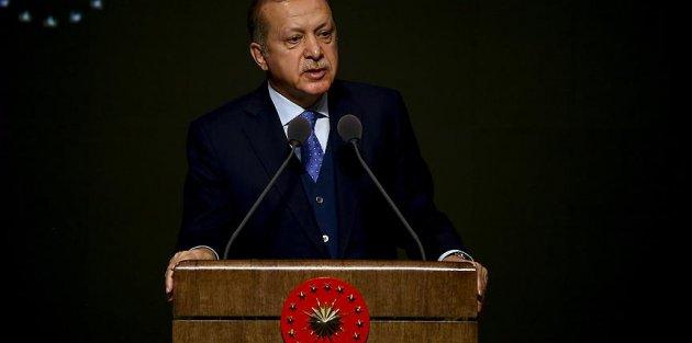 Cumhurbaşkanı Erdoğan: Şehit ve gazilerimizin kanlarını yerde bırakmayacağız