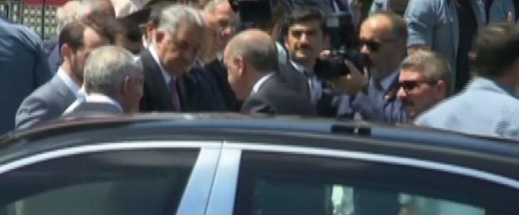 Cumhurbaşkanı Erdoğan'dan 15 Temmuz Şehitliği'ne ziyaret