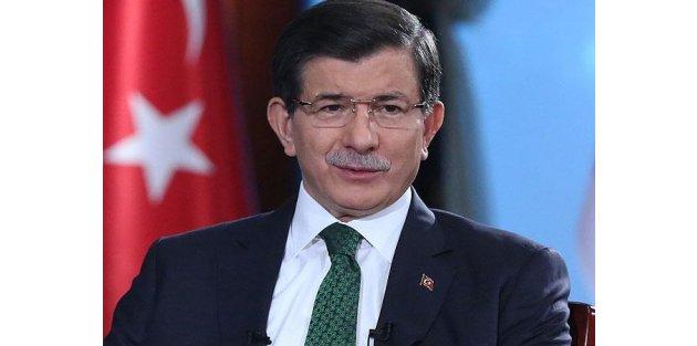 Davutoğlu: Türkiye darbe mahsulü bir anayasayla daha fazla yol alamaz