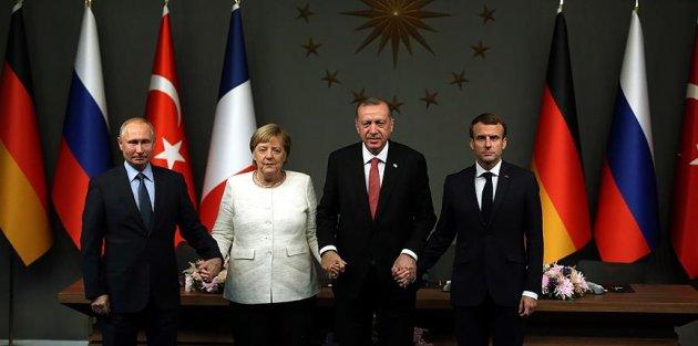'Dörtlü zirve Türkiye'nin diplomatik zaferidir'