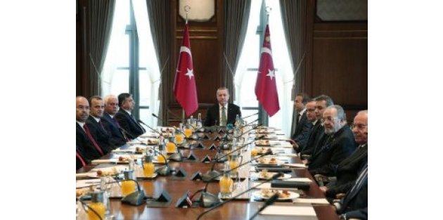 Erdoğan'dan operasyonlarda geç kalındı mesajı