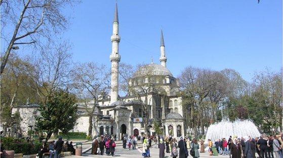 Eyüp Sultan Cami restorasyonu tamamlandı