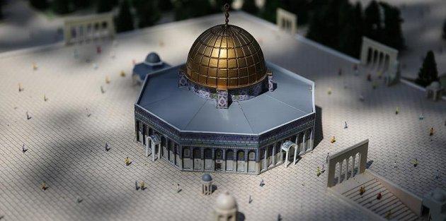 Eyüp Sultan Camisi'nde Mescid-i Aksa maketi sergilendi