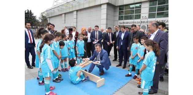 Gaziosmanpaşa 2.Bilim, Spor, Sanat ve Gençlik Festivali Büyük Bir Coşkuyla Başladı