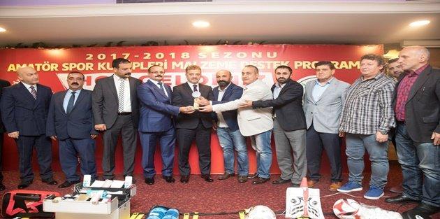 Gaziosmanpaşa Belediyesinden 24 Amatör Spor Kulübüne Malzeme Desteği