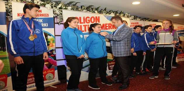 Gaziosmanpaşa Belediyespor Sporcuları Başarıya Doymuyor