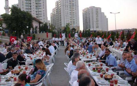Gaziosmanpaşa Kaymakamlığı Şehit ve Gazi aileleriyle iftar yemeğinde bir araya geldi.
