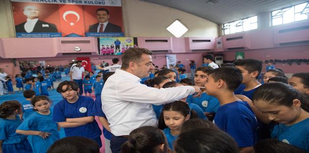 Gaziosmanpaşa'da 2500 Çocuğun Eğitim Göreceği Yaz Spor Okulları Başladı