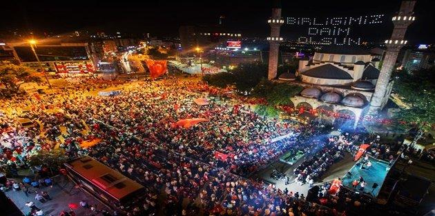 Gaziosmanpaşa'da Binler, Demokrasi Nöbetinde
