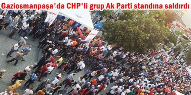 Gaziosmanpaşada CHPli grup Ak Parti standına saldırdı