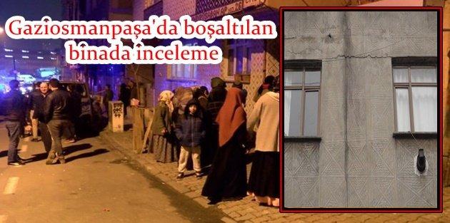 Gaziosmanpaşa'da depremin ardından çatlakların oluştuğu bina boşaltıldı