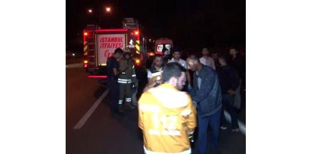 Gaziosmanpaşa'da makas atan araç hurdaya döndü!
