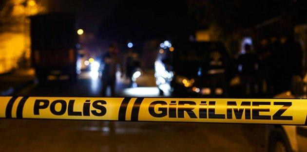 Gaziosmanpaşa'da park halindeki minibüse el yapımı patlayıcı attılar
