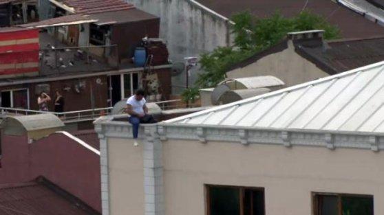 Gaziosmanpaşa'da yürekleri ağza getiren intihar girişimi