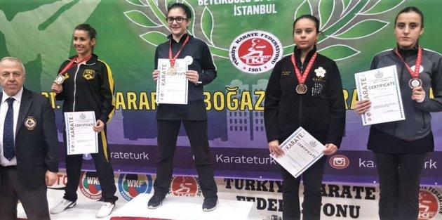 Gaziosmanpaşalı Sporculardan Karatede Büyük Başarı