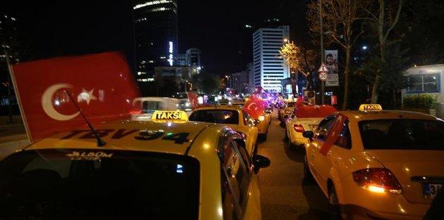 İstanbul'da taksiciler Trump'ın Kudüs kararını protesto etti