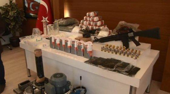 İstanbul'da un paketlerinden uyuşturucu çıktı