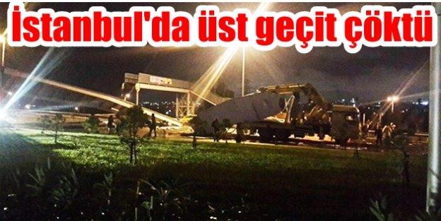 İstanbulda üst geçit çöktü