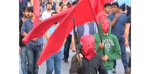 İstanbul'da uzun namlulu Suruç cenazesi