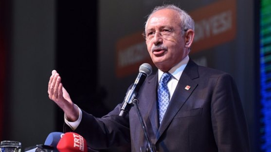 Kılıçdaroğlu'nun İstanbul genelindeki kongre sürecini durdurması CHP'de büyük tartışmaya neden oldu