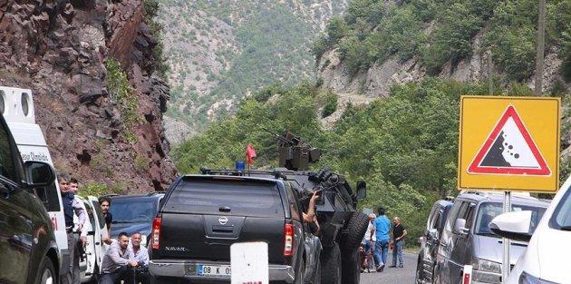 Kılıçdaroğlu'nun konvoyuna saldıran terörist etkisiz hale getirildi