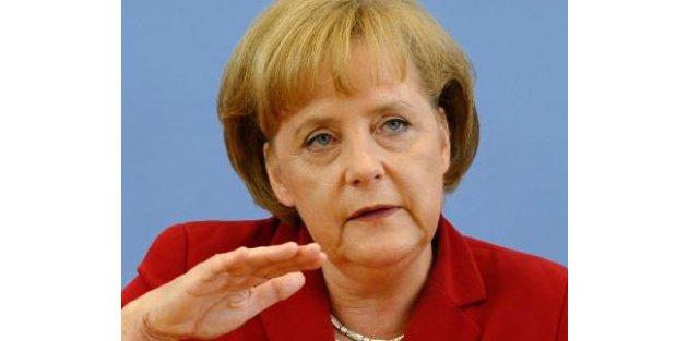 Merkel Türk gurbetçilere seslendi