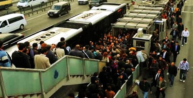 Metrobüsteki yoğunluğa bilimsel çözüm