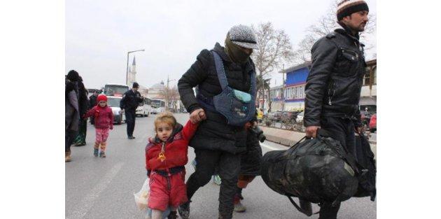 Mülteciler İstanbul diye Edirne'ye bırakıldı!